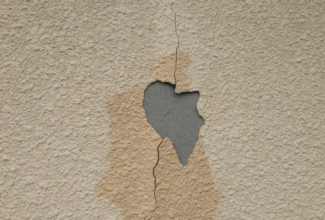 外壁塗装の剥がれ